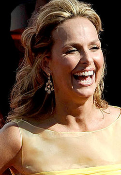 Melora Hardin - Blonde, Celebrities, Wavy hair, Long hair styles, Female, Curly hair, 2009 Emmy Awards hairstyle picture