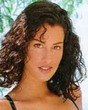 yasmeen ghauri - Wavy hair