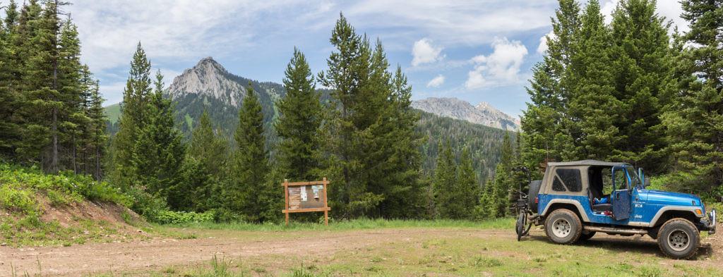 The trailhead. Ross Peak on the left. Photo taken June 2016.