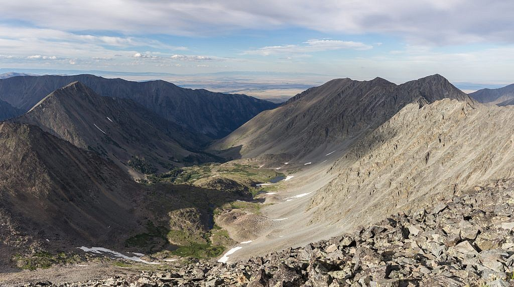 Looking northeast from the summit. Cave Lake lies behind the ridge on the left.