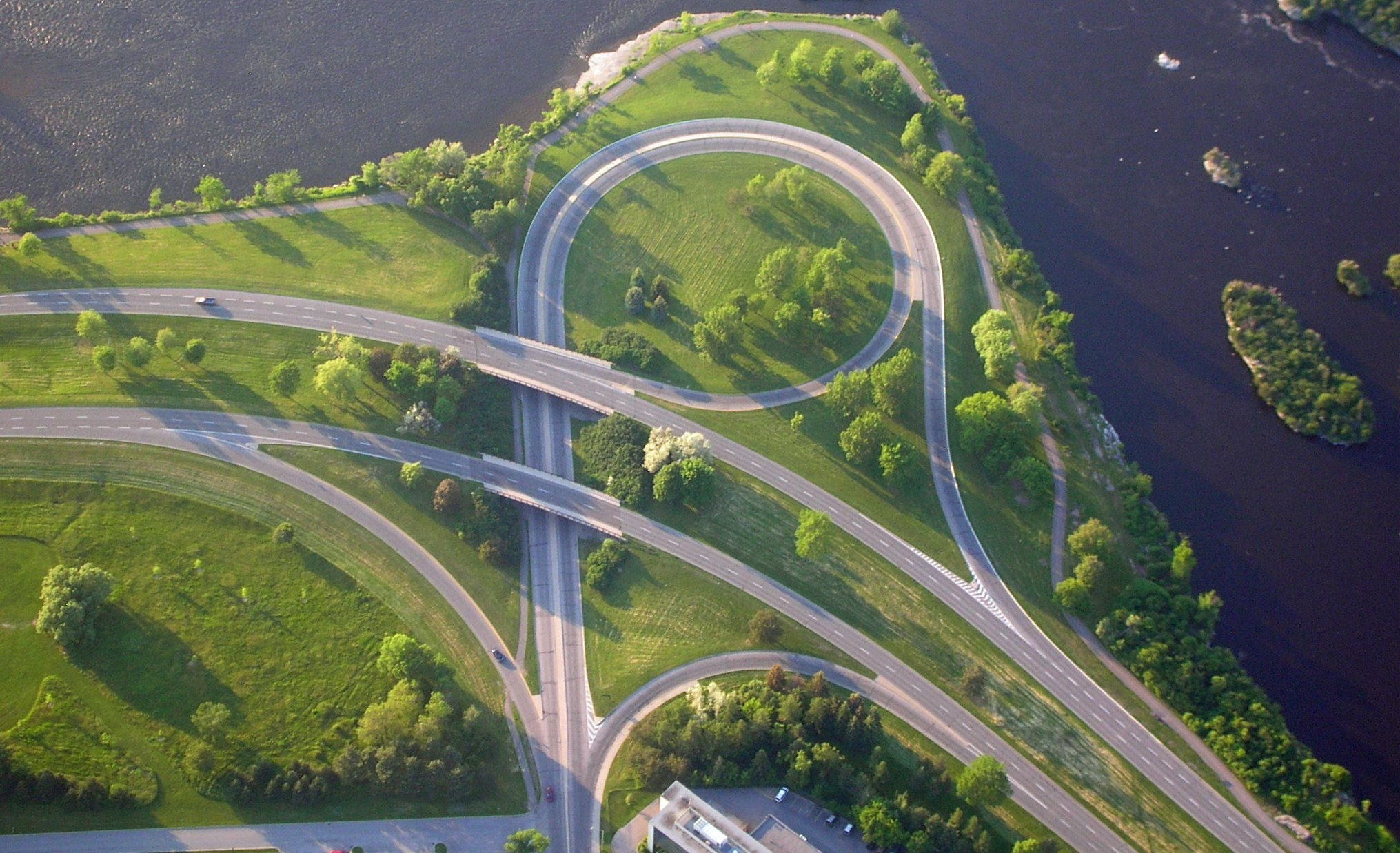 Sir John A. MacDonald Parkway - Source: Shanta Rohse, Flickr