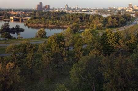 Parc riverain Sir-John-A.-Macdonald