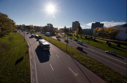 La route de la ville intelligente