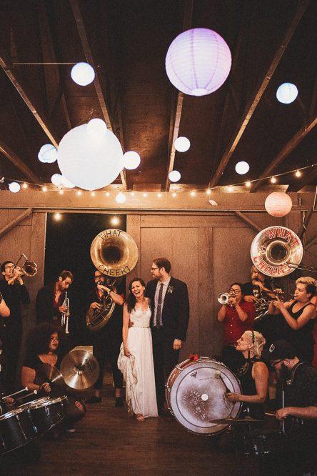 新力18luck在卡卡卡家的婚礼上,有一种特殊的训练