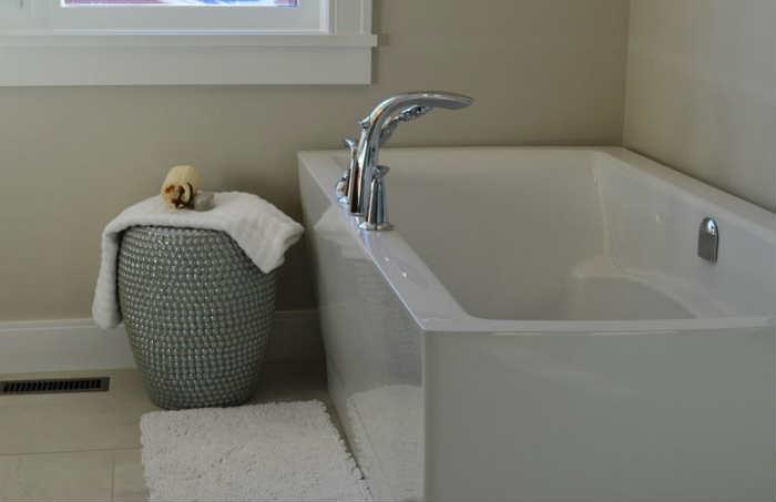 life pro tips - bathtub