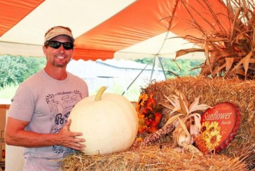 Pumpkins and kettle corn: College Grove's fall-farming business