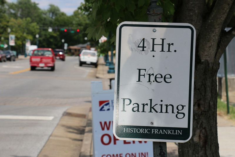 Franklin limits parking to one hour near 231 Project construction