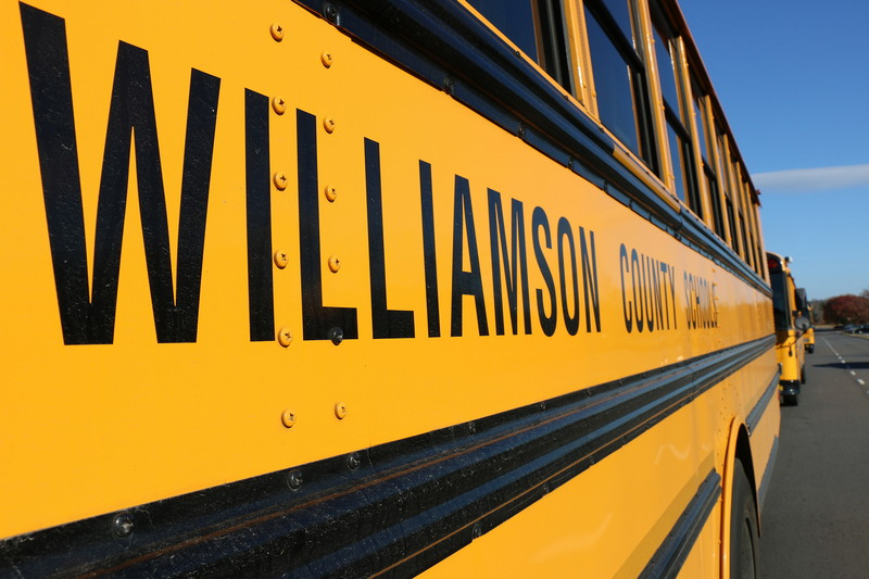 Williamson school board approves pilot program to attract bus drivers