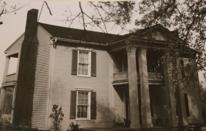 1861 house built by Williamson family, tangled in divorce burns