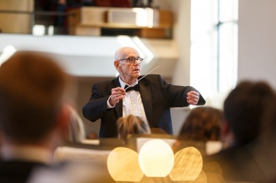 Students reflect on lessons from world-renowned conductor
