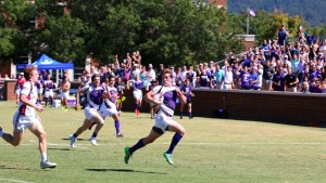 Adam Miller breaks free for a try for the Paladins. (photo by Deborah Miller)