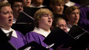 Furman singers, 600 wide