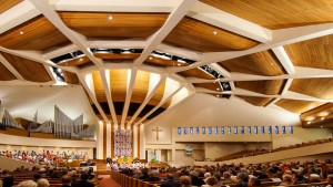 first-baptist-church-with-congregation-960-wide