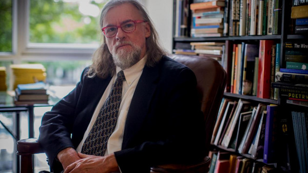 Mark Edmundson (size: funews-syndication)