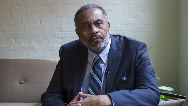 anthony ray hinton (size: funews-syndication)