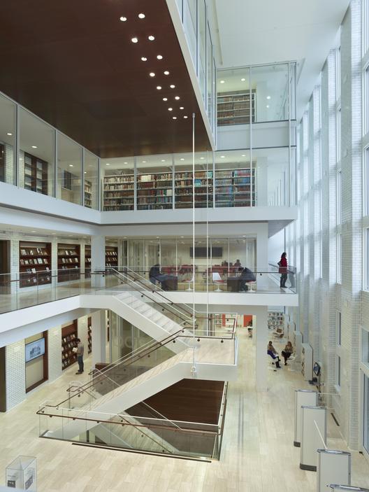 Arquitectura ingenier a y construcci n biblioteca for Biblioteca arquitectura