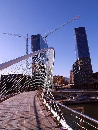 Calatrava es arquitecto o ingeniero for Ingeniero arquitecto