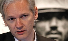 Wikileaks-founder-julian--006_column