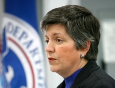 Janet_napolitano_homeland_security-4876_column_column