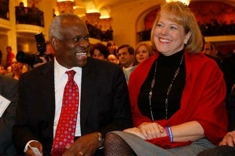 Clarence_thomas_us_news_column