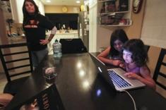 Kids_online_csm_column