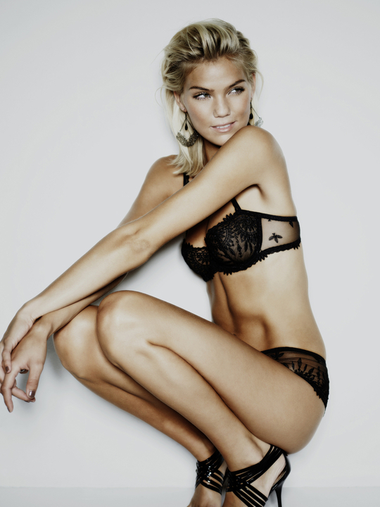 Vanessa Staylon Nude Photos 46