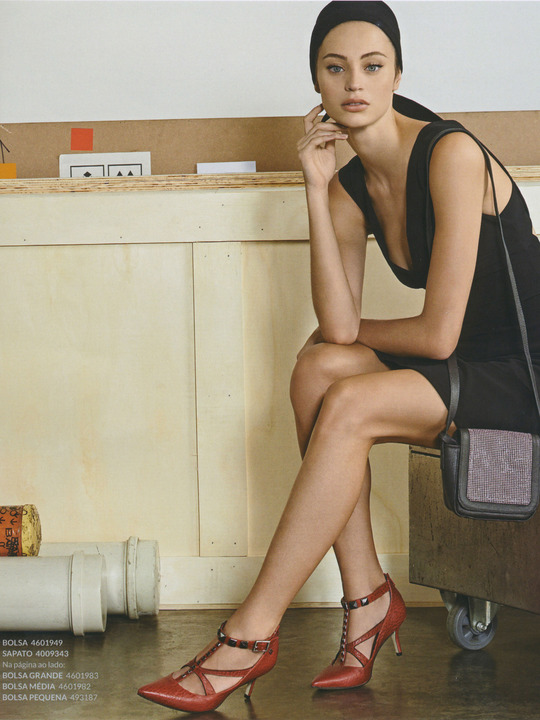 Valerie Knox