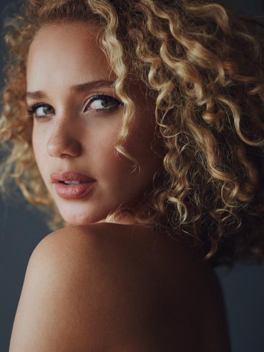 Allie Silva photos