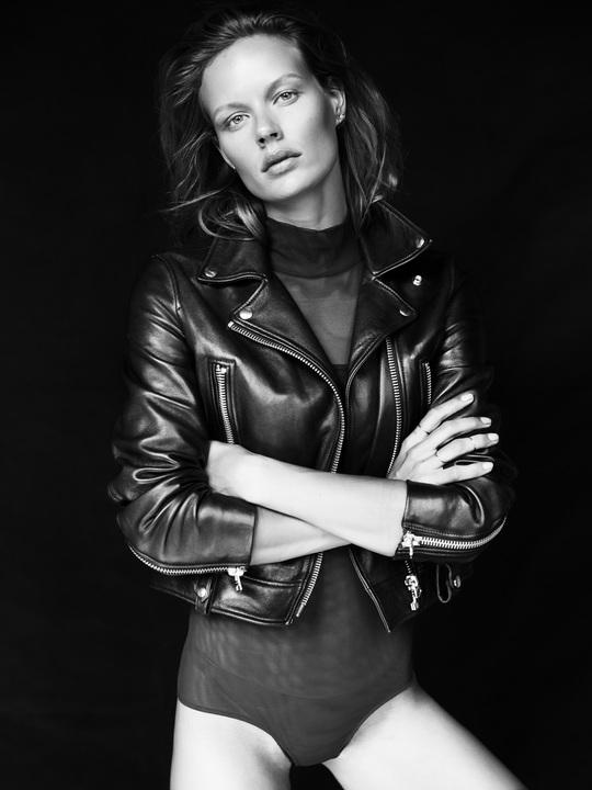 Marlijn Hoek Nude Photos 90