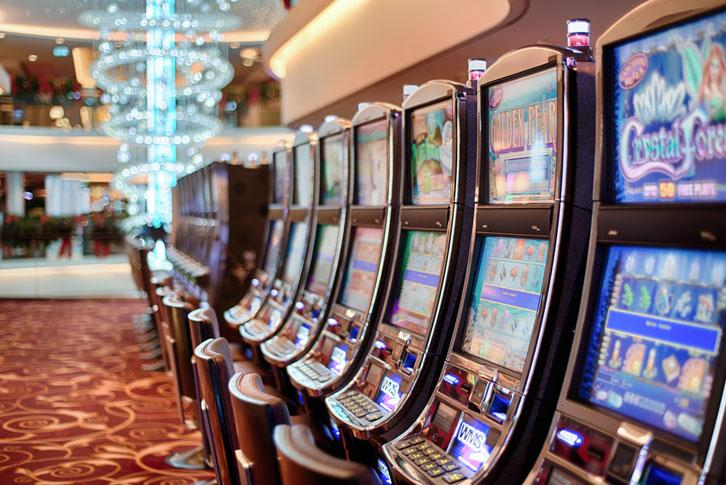 Why are Slots Games Still So Popular?