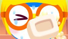 Washing the face with soap in Pororo Habit Games