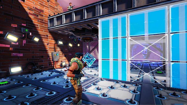 Setting traps in Fortnite