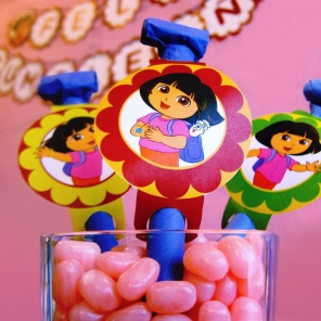 Make Noise with Dora Party Blowers