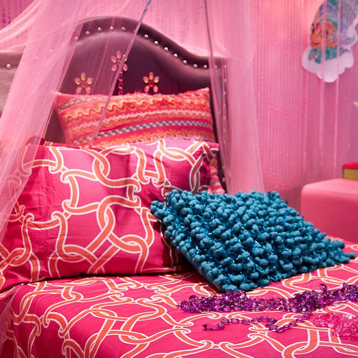 Genie Bedroom