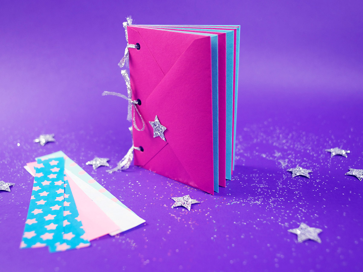 Shimmer and Shine Wish Journal Step 11