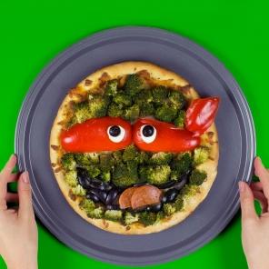 TMNT Raphael Pizza Face