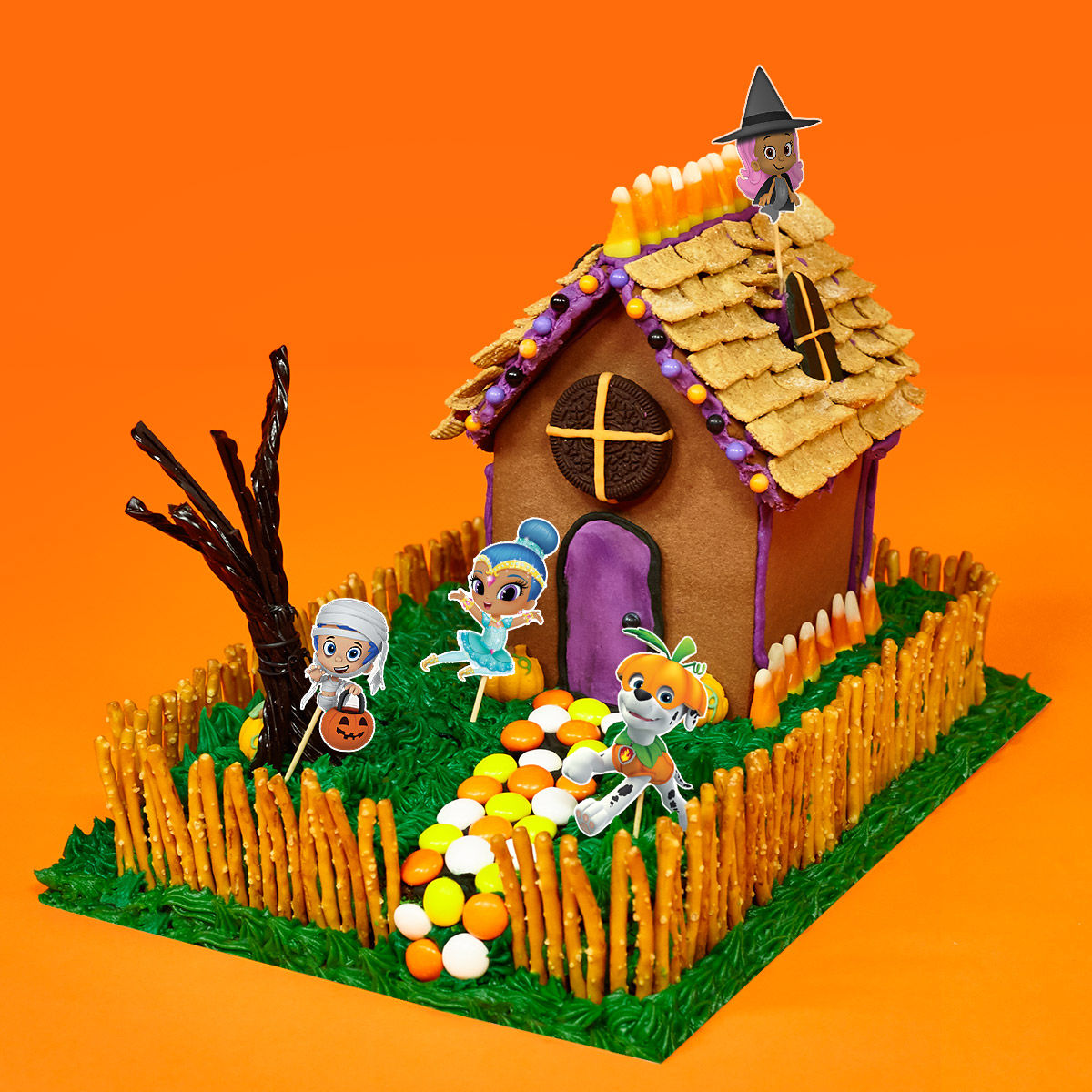 Nick Jr. Haunted House Party Cake