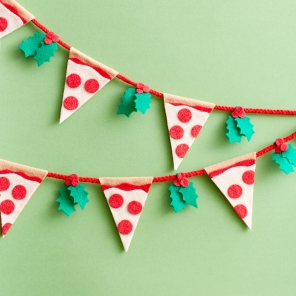 TMNT Pizza Holiday Garland