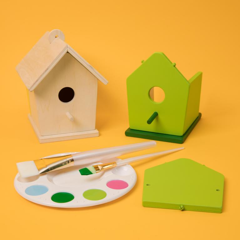Top Wing Bird House
