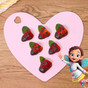 Chocolate-Dipped Strawberry Ladybugs