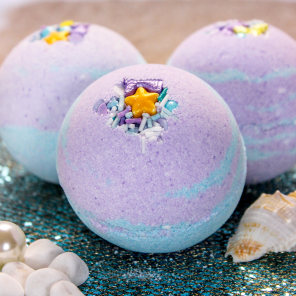 Make Your Own Mermaid Bath Bomb