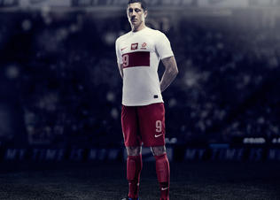 Lewandowski_poland_home_ntk_02_preview