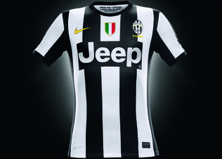 Fa12_pr_authentic_juventus_h_jersey_ok_preview