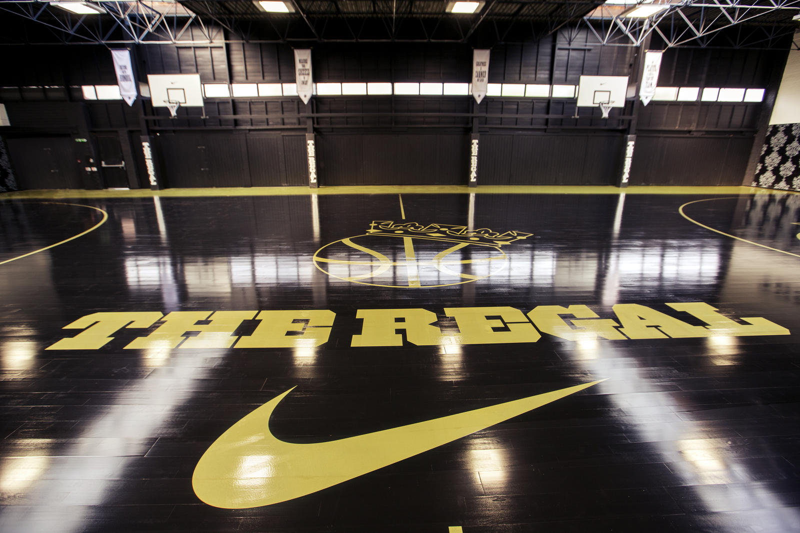 Cool college basketball courts
