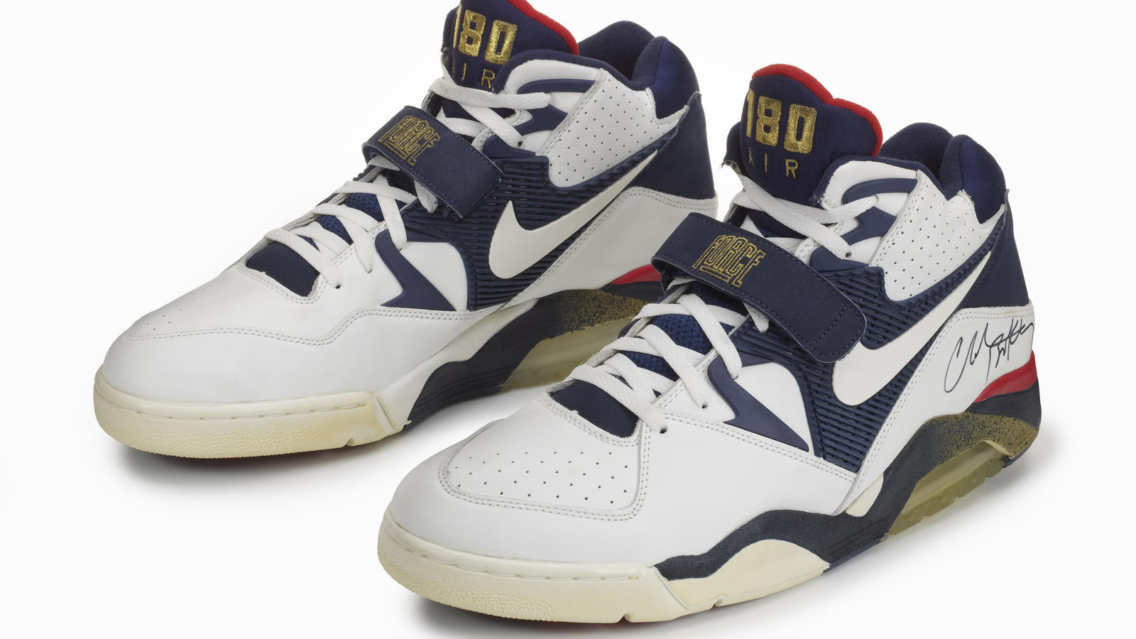 nike air force 180 low nike news. Black Bedroom Furniture Sets. Home Design Ideas