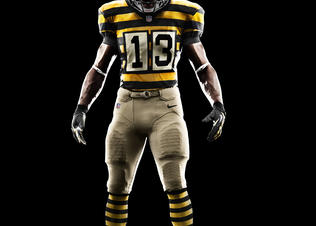 Su12_at_nfl_uniform_front_6_rgb_preview