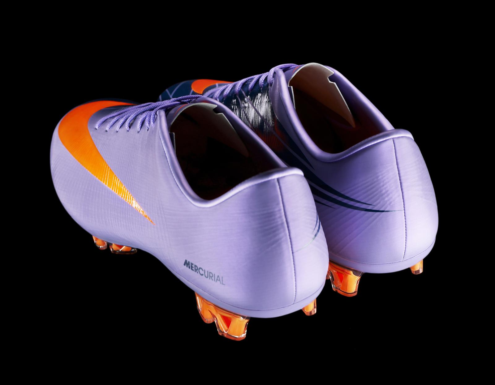 mercurial vapor superfly ii unveiled nike news. Black Bedroom Furniture Sets. Home Design Ideas