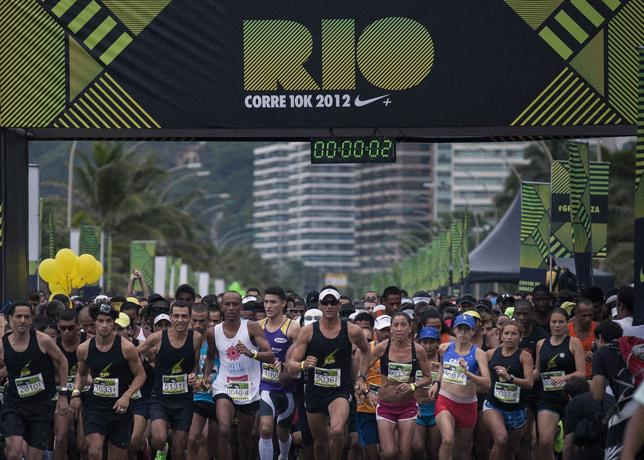 We_run_rio_10k-staring_line_large