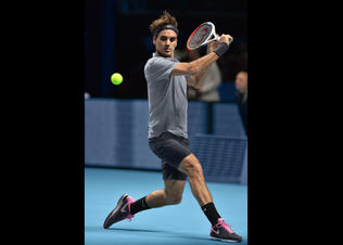 Roger_federer_night_australian_open_2013_preview