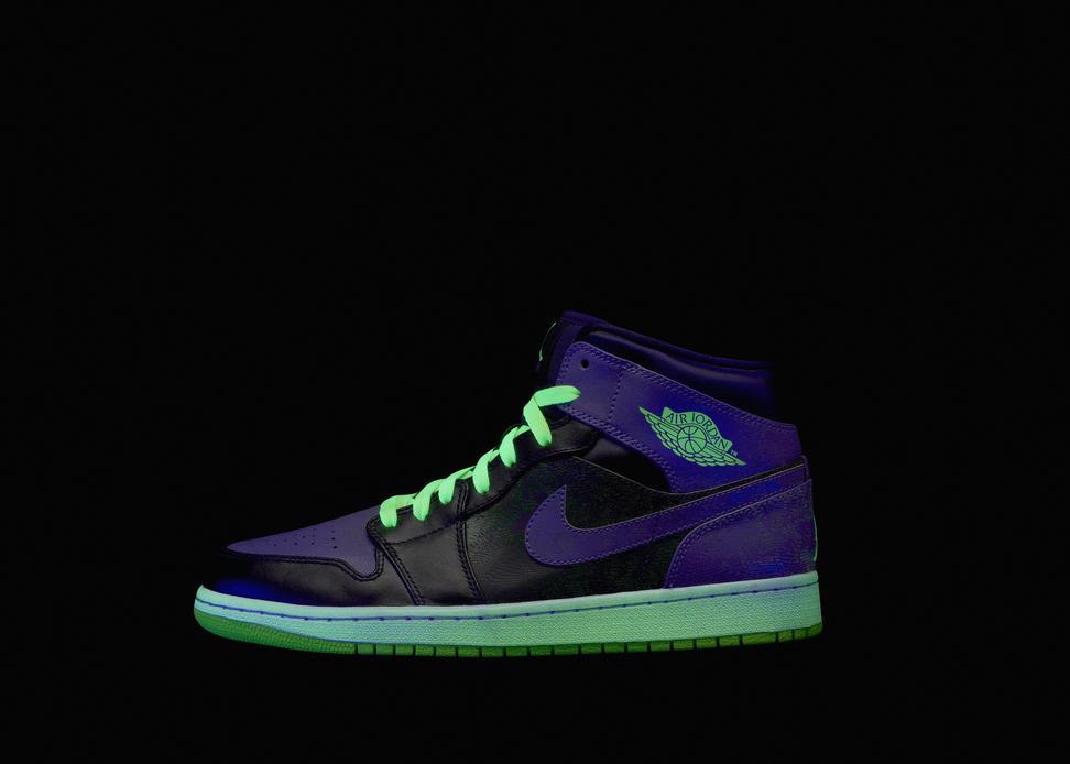 Jordan_2013_AllStar_Ftwr_AJ1_LAT_Glow_blk_detail.jpg?1358900548